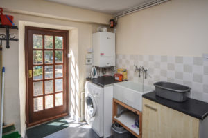 utility room - washing machine